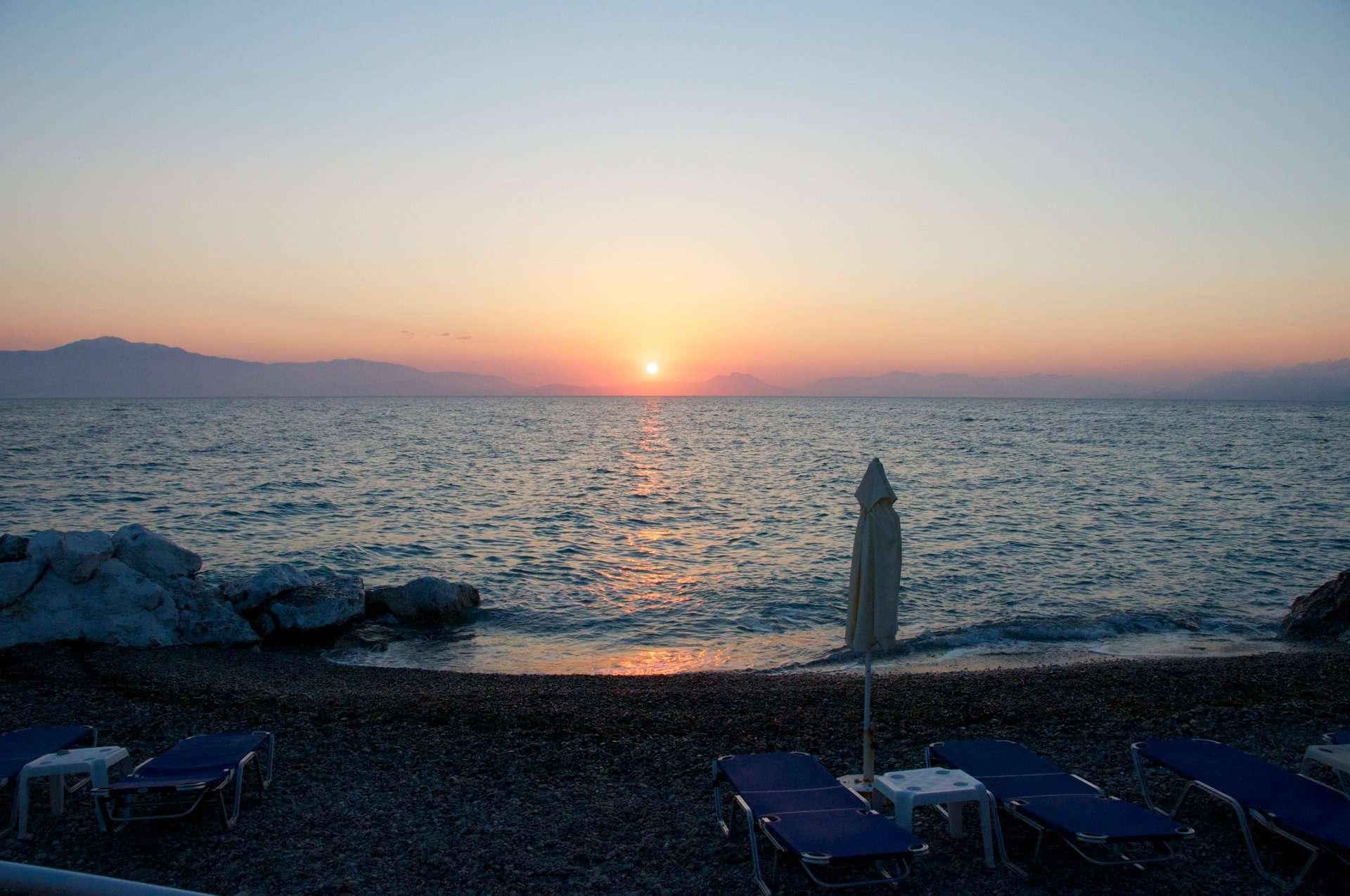 Greek Hotel Peloponnese Beach Sunrise Sea